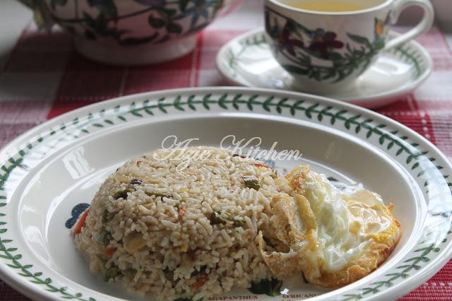 Nasi Goreng Ikan Masin Ala Thai