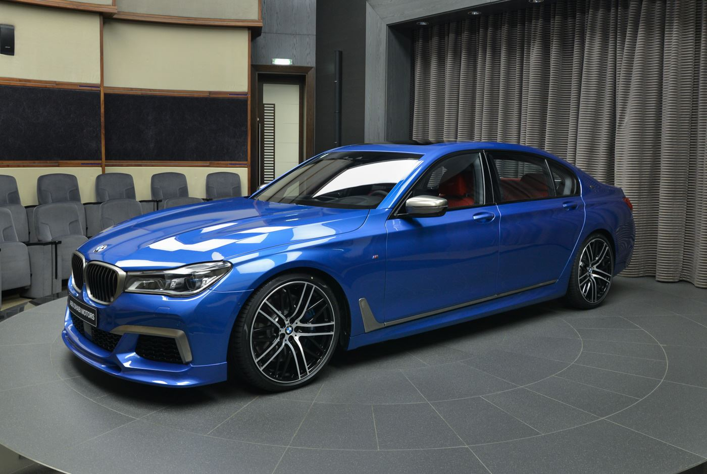 estoril blue bmw m760li xdrive exudes effortless performance. Black Bedroom Furniture Sets. Home Design Ideas