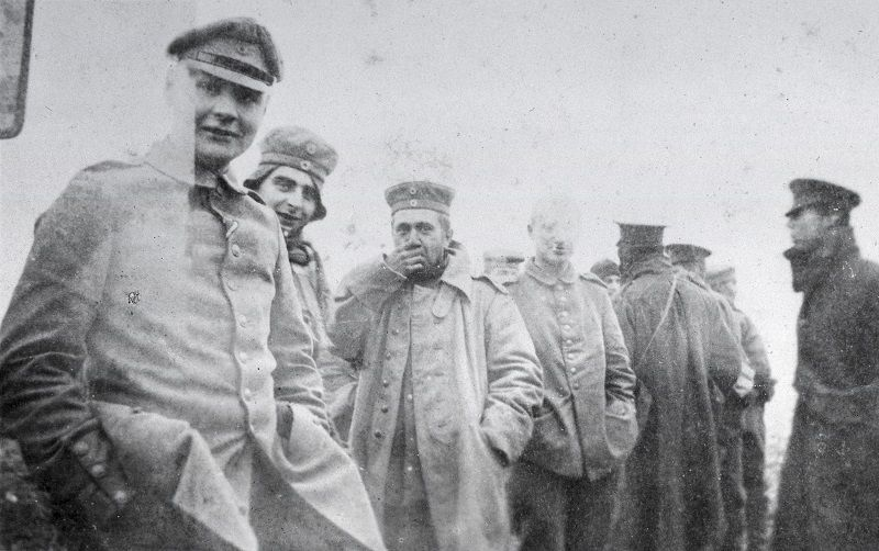 Christmas Truce 1914: Amazing Photos of British and German Troops