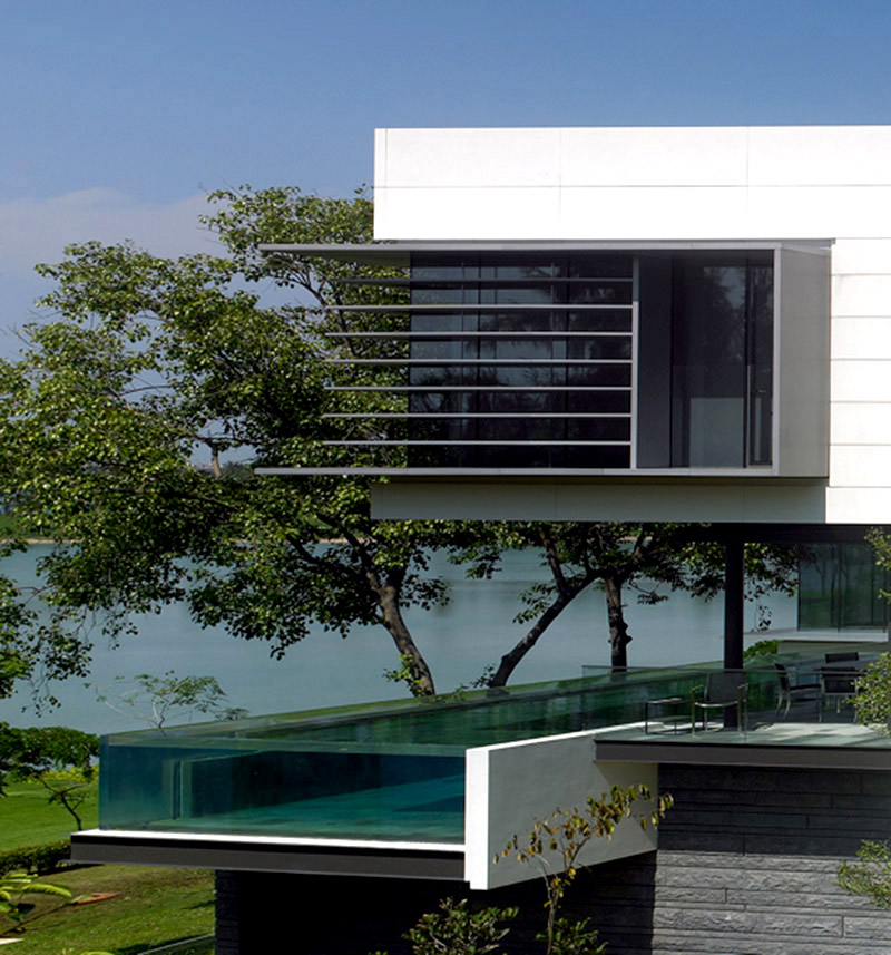 Lakeshore View House With Suspended on modern house designers