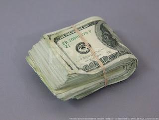 $10,000 wad of cash