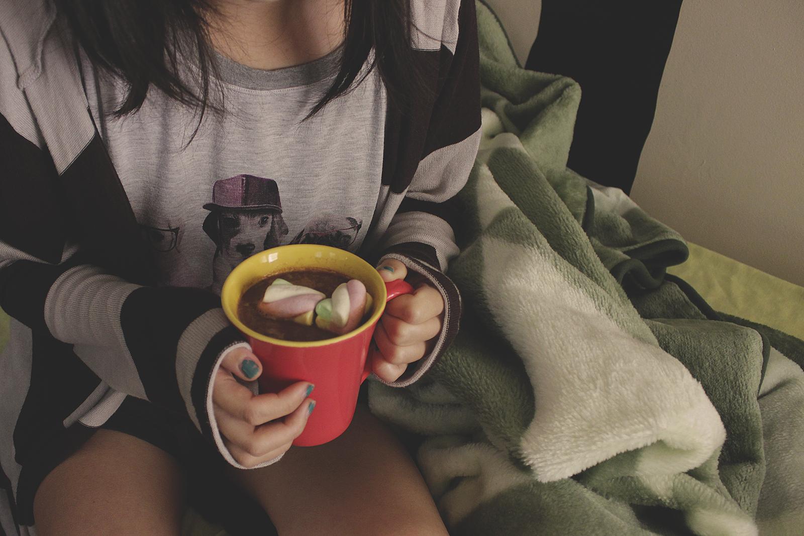 bebida quente no frio