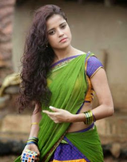 Piaa Bajpai Family Husband Son Daughter Father Mother Marriage Photos Biography Profile.