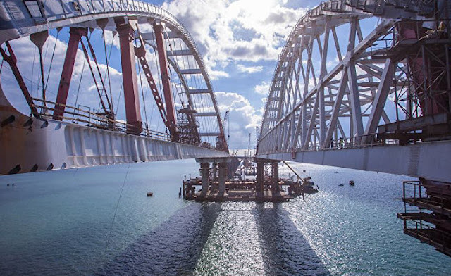 Путинский мост в Крым: больше символизма, чем перевозок