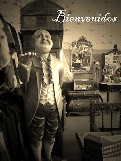 Figura de mayordomo de Robert Bosque en el desembalaje de Arriondas #arriondas