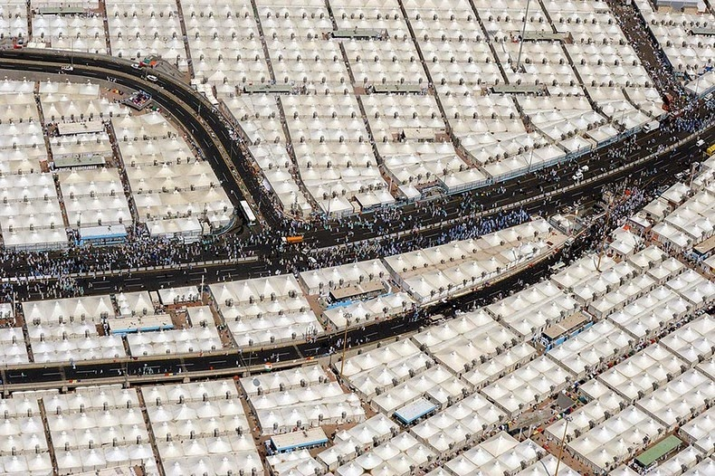 Saudi Arabia Has Enough Tents With A/C To House 3 Million People, Yet Has Taken In ZERO Refugees