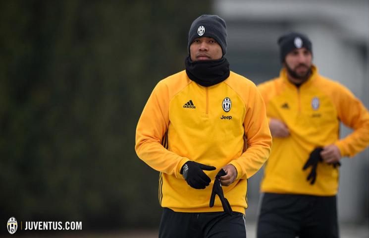 Alex Sandro se vratio treninzima