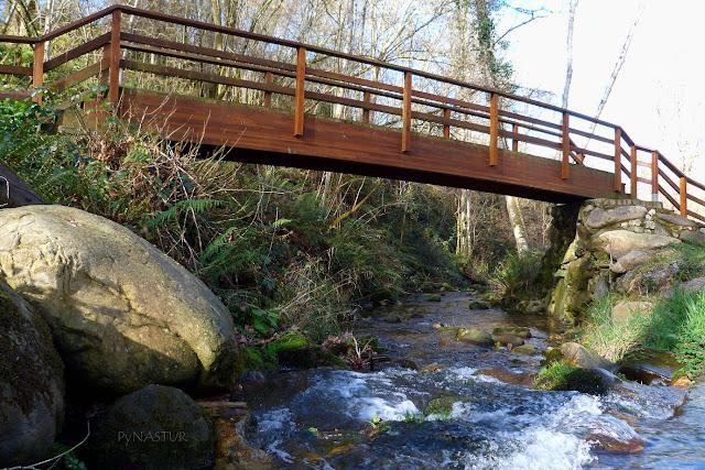 Primer puente sobre el Río Pequeño o de La Cueva