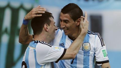 Di Maria (phải) sẽ khoác lên mình màu áo Barca cùng Messi từ mùa tới?