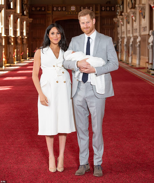 Royal baby Archie meets the Queen