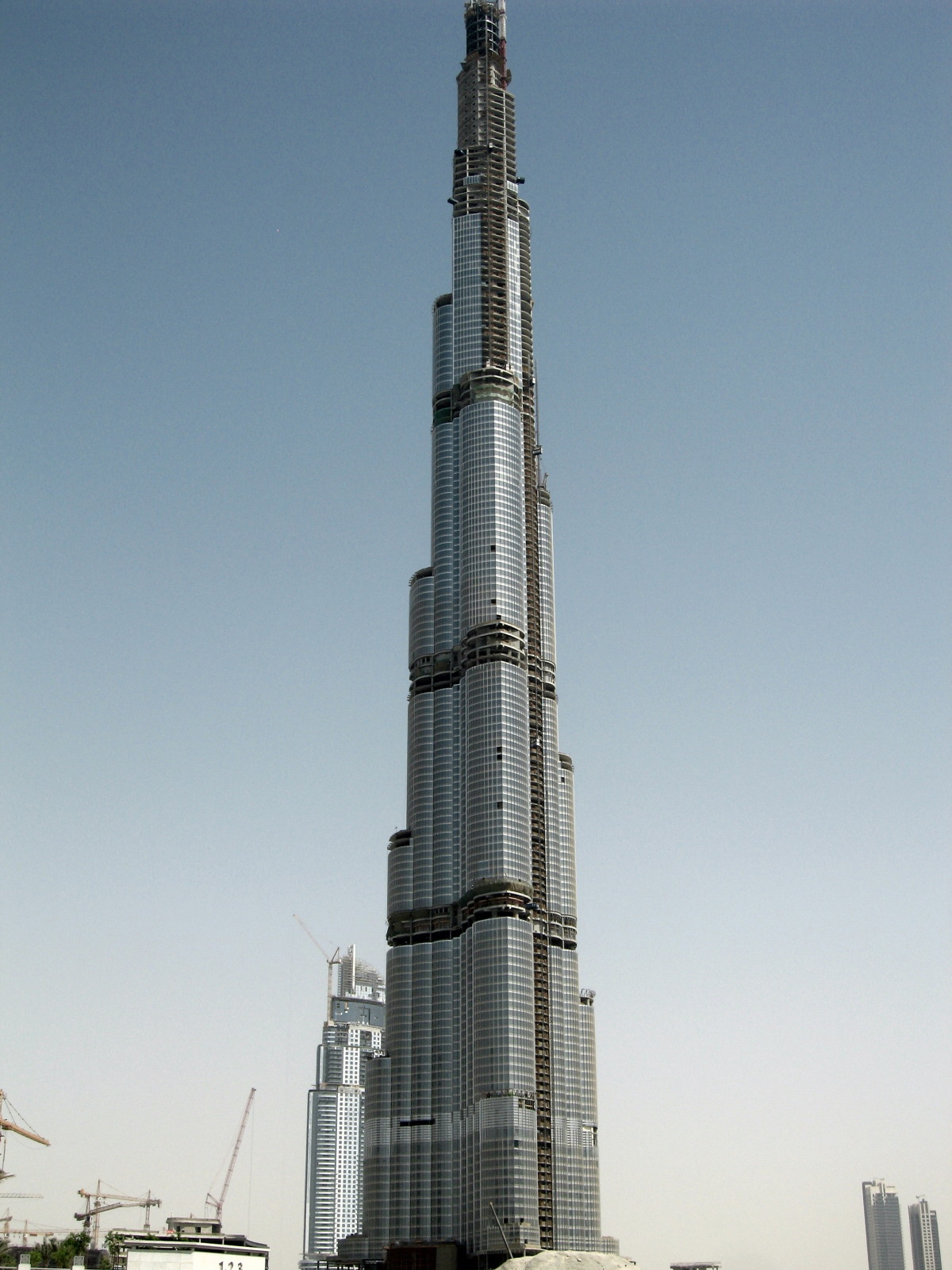World Visits: Dubai Tower Cool Pictures To beat All Towers