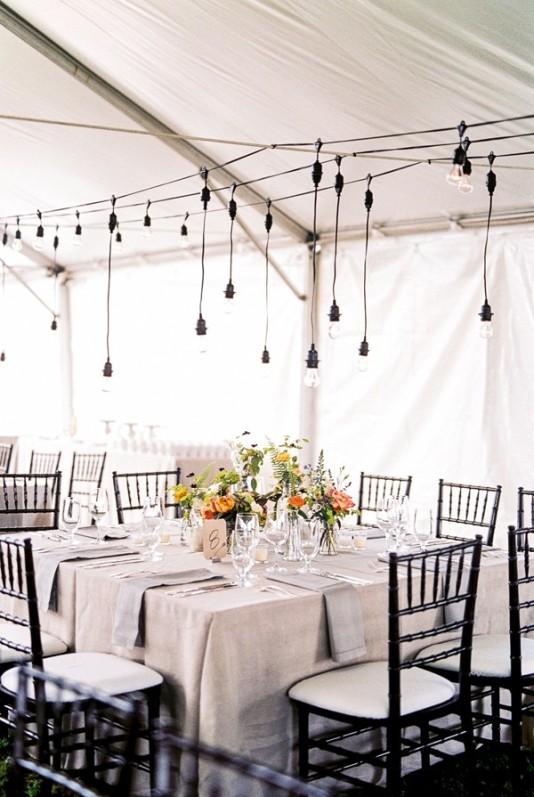cortina de bombillas para boda chicanddeco