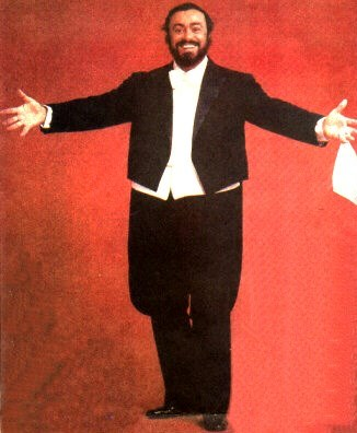 Foto de Luciano Pavarotti en sesión fotográgica