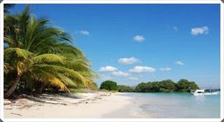 Pantai Walakiri pelesir