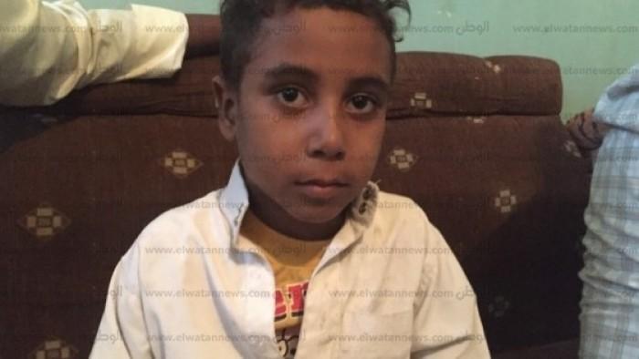 صدمة وذهول .. قصة حبس طفل عمره 6 سنوات بتهمة مقاومة السلطات في قنا