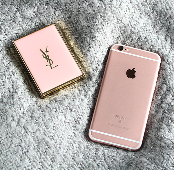 Rosegold iPhone, YSL Touche Eclat