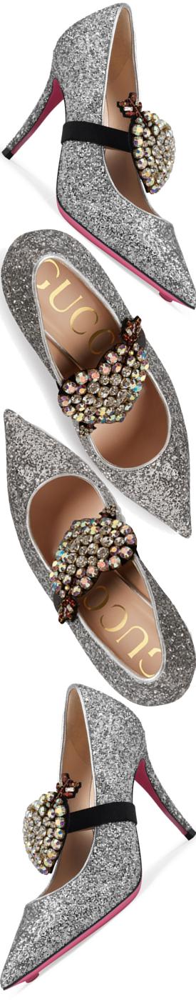 Gucci Virginia Glitter Heart 95mm Pump in Silver