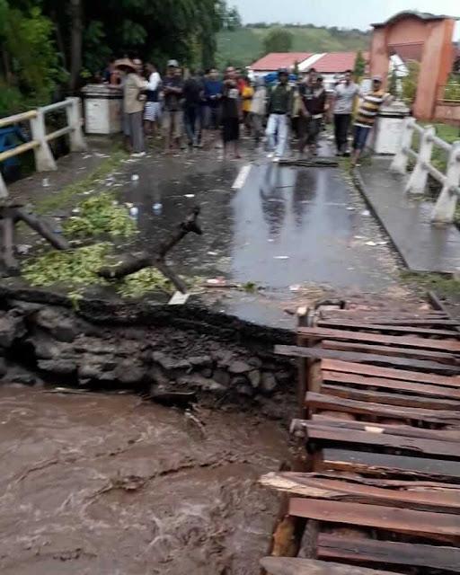 banjir_bandang_di_sanggar