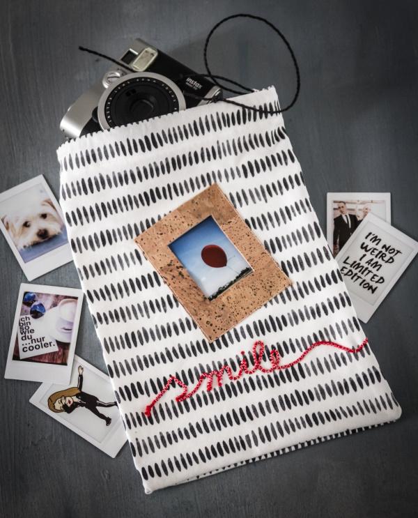 Anleitung für einen DIY Beutel – Aus einem Geschirrhandtuch eine kleine Tasche nähen mit eingebautem Bilderrahmen und Schriftzug by http://titatoni.blogspot.de/