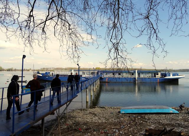 Zemun, Serbia: Lunch on the Stari Slep Boat