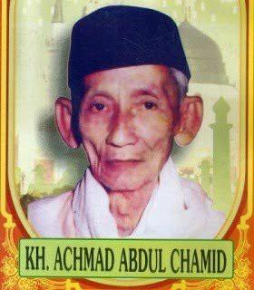 """KH. Achmad Abdul Hamid Pencipta Kalimat : """"Billahit Taufiq wal-Hidayah"""" dan """"Wallahul Muwaffiq Ila Aqwamit Thariq"""""""
