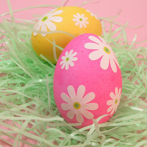 ... eggs! Egg hunting would be so much fun with these bright eggs peeking