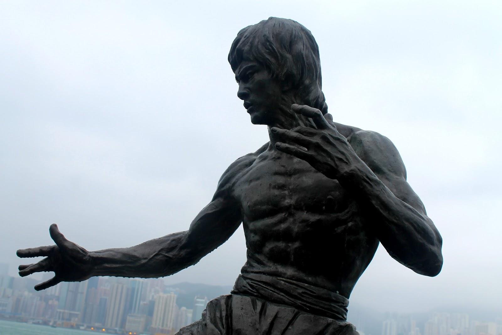 Estátua de Brue Lee em Hong Kong