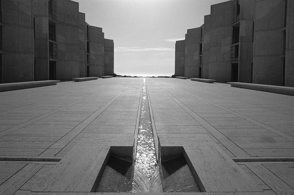 "Ezra Stoller, ""Salk Institute of Biological Research"", La Jolla, CA, 1977."