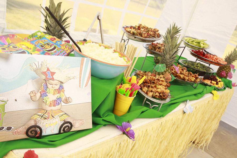 Home Confetti: Hawaiian Luau Birthday Party!