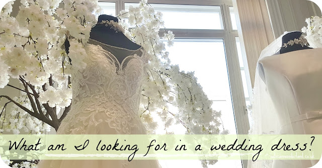 what to look for in a wedding dress