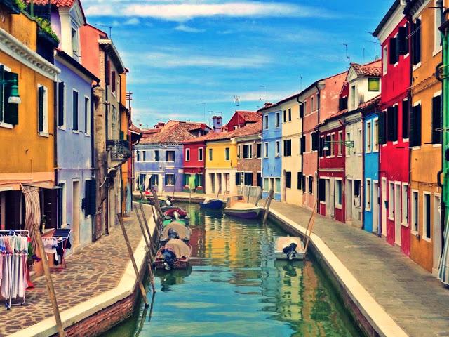 Z Wenecji na wyspę Burano - jak się dostać? [TRAMWAJ WODNY, BILETY, WAŻNE INFORMACJE]