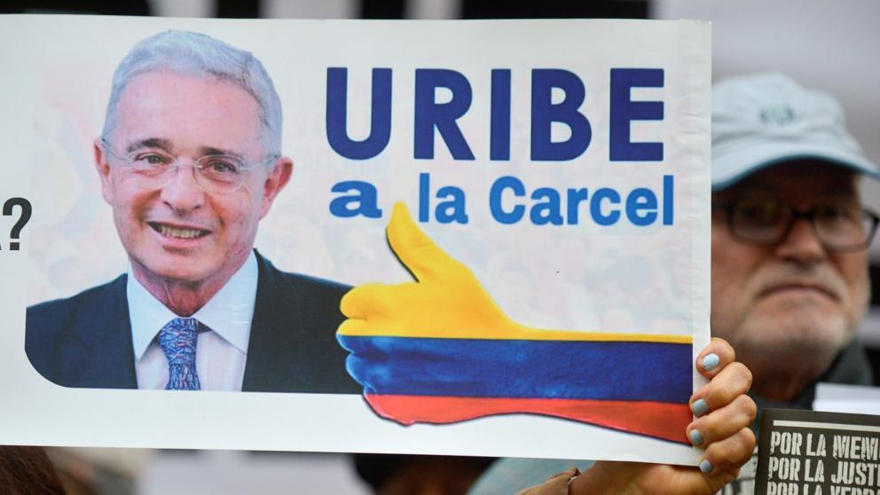 Centro Democrático advierte sobre Uribe en fallo de la Corte, Álvaro Uribe Vélez, le llevaría a ser detenido