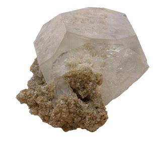 la goshenita es la variedad incolora del berilo
