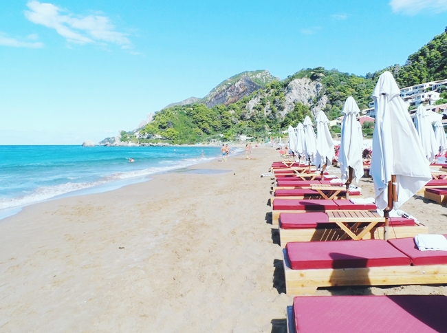 Best sandy beaches in Corfu