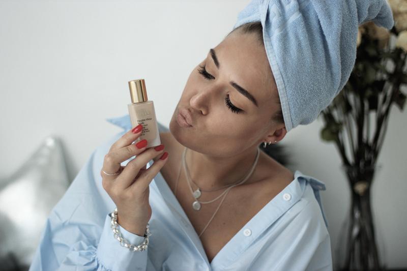 Estee Lauder-Make Up-Skin-Double Wear Nude-Flawless-Fresh-Skin Care-Beautyblogger-Fashionblogger-Beautyblog-Munich-Muenchen-Lauralamode-Schminke-Deutschland