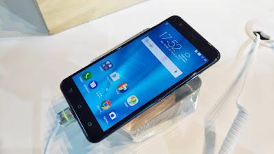 Asus Zenfone Zoom S dan Zenfone Live Resmi Meluncur di Indonesia