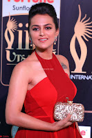 Sraddha in Sleeveless Red Gown at IIFA Utsavam Awards 2017  Day 2  HD Exclusive 04.JPG