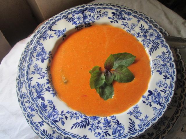Tomato Basil Soup Sopa Cremosa De Albahaca Y Tomate Recetas De Cocina