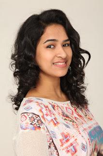 Actress Misha Ghoshal Stills from Unnodu Ka Tamil Movie  0001.jpg