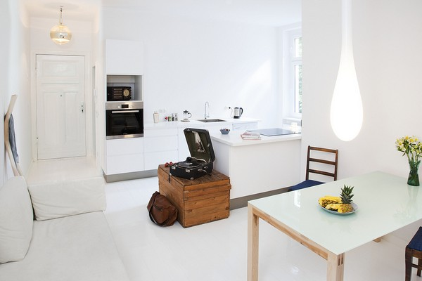 Un mini appartamento a berlino la tazzina blu for Miniappartamento design