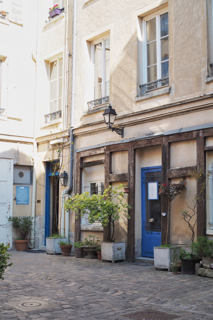 Quartier des antiquaires de la ville de Versailles
