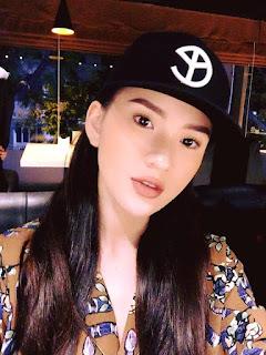 Gái xinh facebook Lưu Đê Ly Lee Balan
