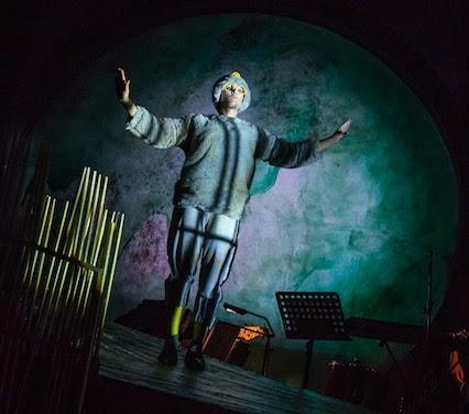 Alan in Belfast: Hatch: an eggcellent musical alternative to