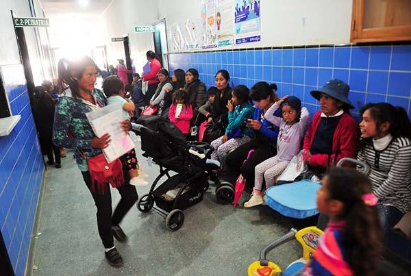 La historia de la mujer que cruzó tres veces de Villazón a La Quiaca para tener a sus hijos