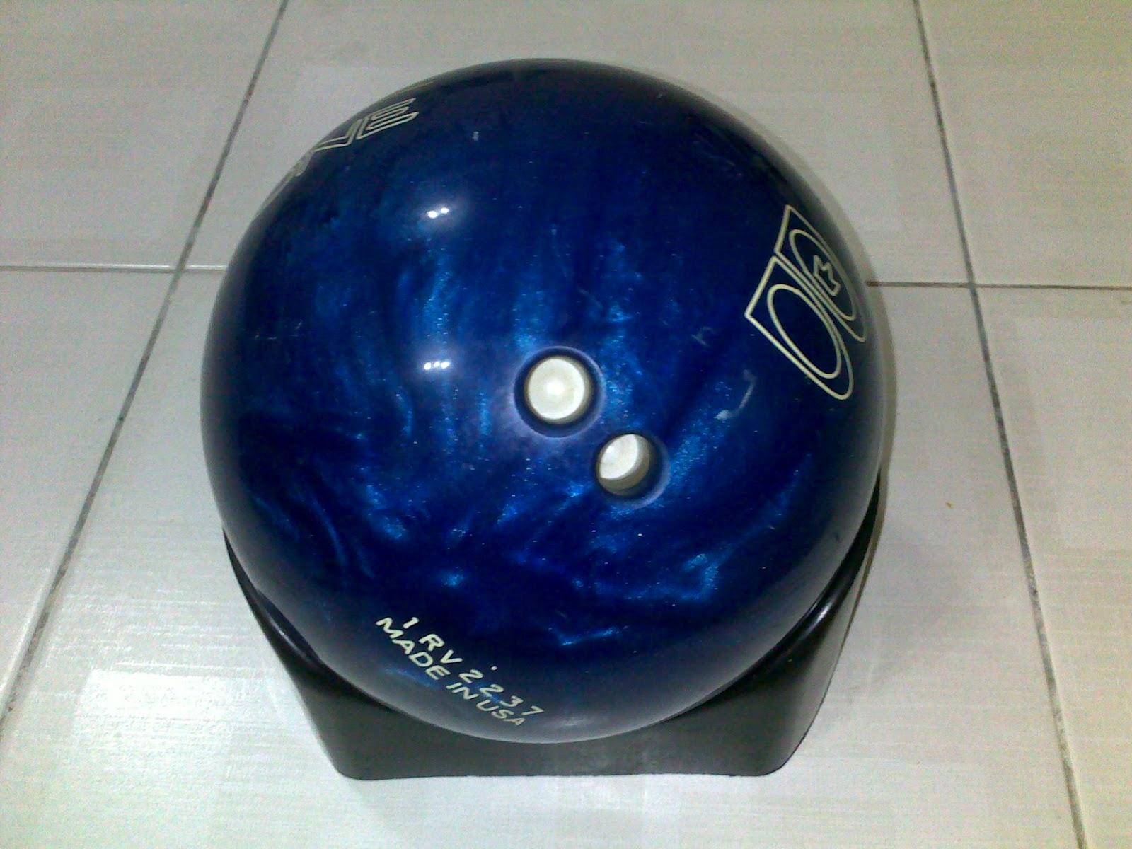 KEDAI BOWLING ONLINE: BOWLING BALL BRUNSWICK ZONE 15 LBS++