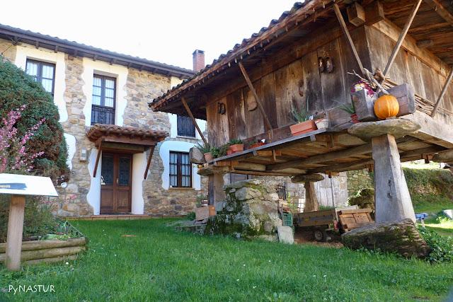 Hórreo en Espinaredo - Asturias