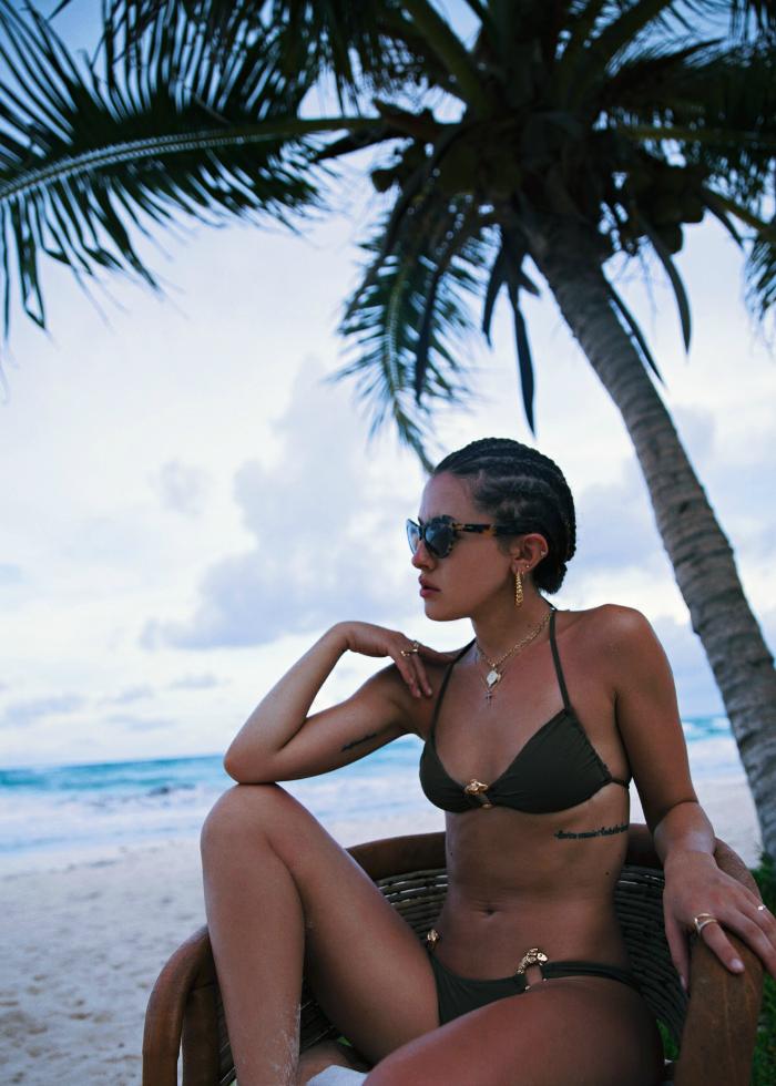 Karlas-Closet-Swimsuit