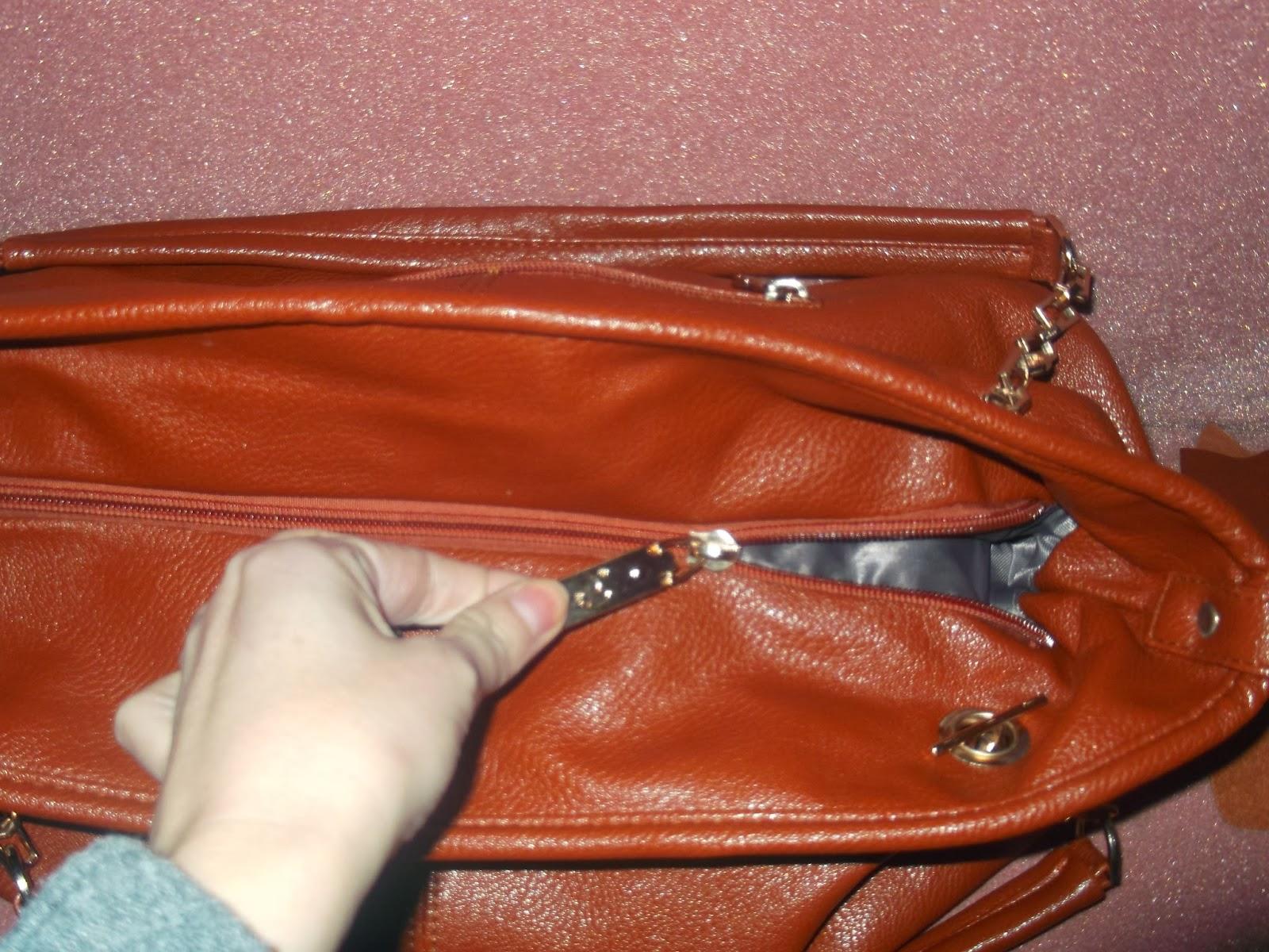 3ed98498181fb Dodatkowo dostajemy przypinany pasek choć mi wystarczają krótsze rączki  torebki,gdyż mogę ja nosić w ręce lub na ramieniu;)