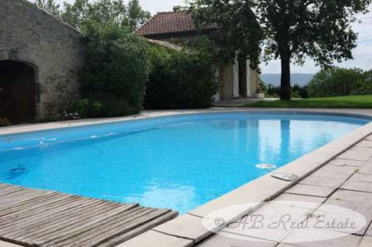 Beautiful, traditional stone farmhouse for Sale in Castelnaudary area