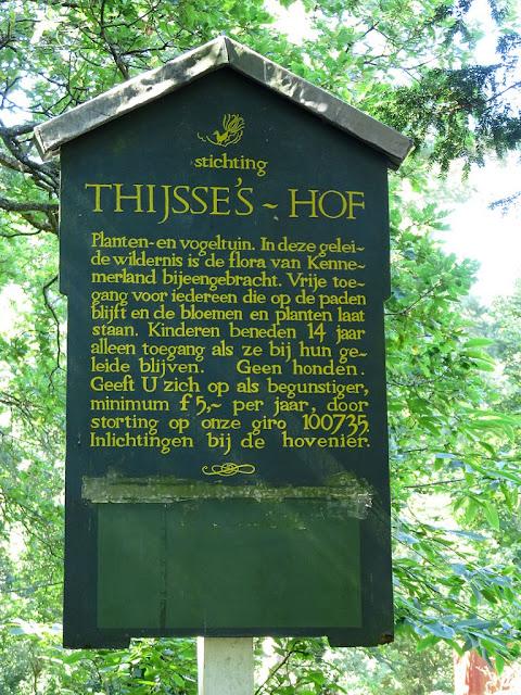 Panel de información a la entrada de Thijsse's Hof